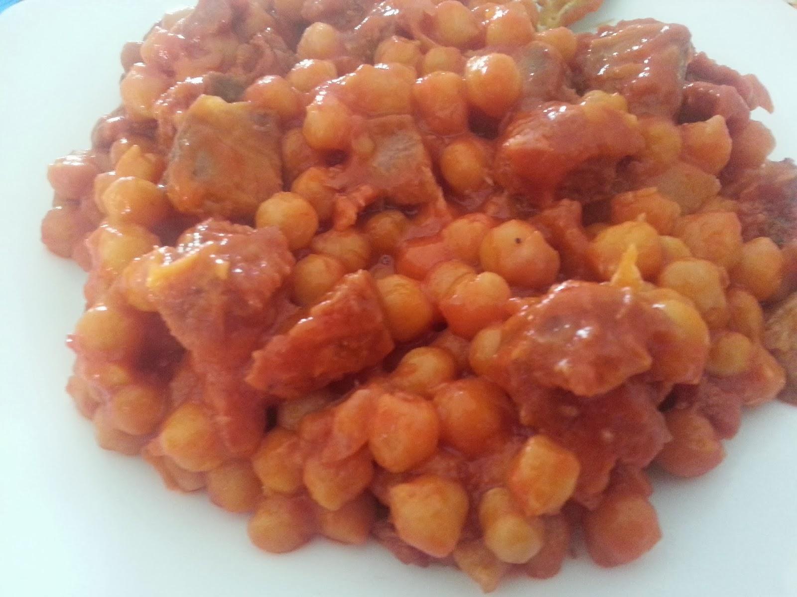 como hacer garbanzos con tomate